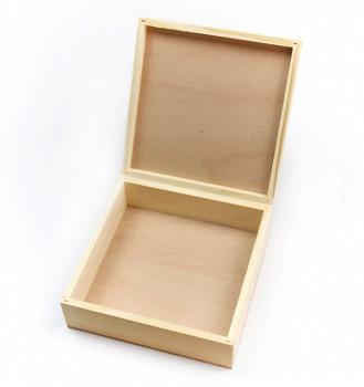 Dřevěná krabička čtverec
