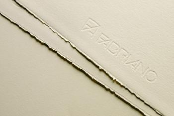 Fabriano Rosaspina krémový 220g 70x100cm grafický papír
