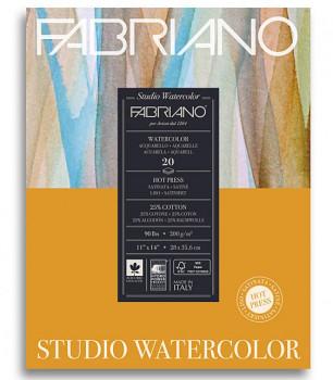 Akvarelový blok Fabriano HP 200g 28x35,6cm