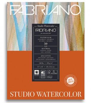Akvarelový blok Fabriano HP 300g 28x35,6 cm