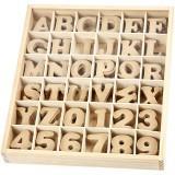 Sada písmen a čísel v dřevěném boxu