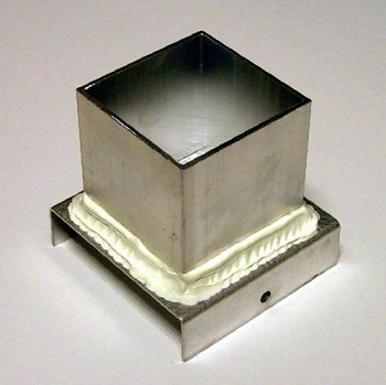Plechová forma na odlévání svíček - krychle 56x56x56 mm